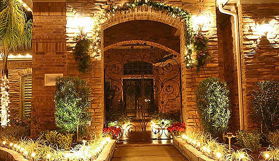 Outdoor Holiday Christmas Lighting Lights Installation ...